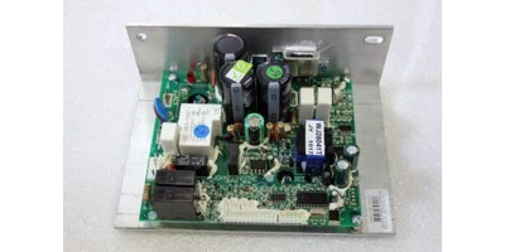 トレッドミル Doctor Horizon T500 モデル番号 TM307 モーターコントローラーパーツ番号 032671-HF