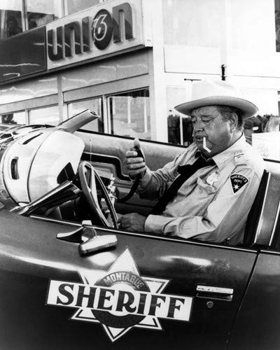 Jackie Gleason in Smokey and the Bandit in Sheriff car on police radio 8x10 Aluminum Wall Art (Jackie Gleason Smokey And The Bandit Photos)