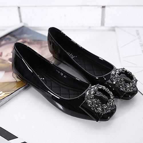 Cuadrado soporte de soporte de cabeza plana zapatos de piel con Diamond Thirty-eight