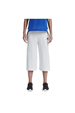 huge discount 90319 4ac58 Women s Nike Sportswear Tech Fleece Capris Pants (Small)