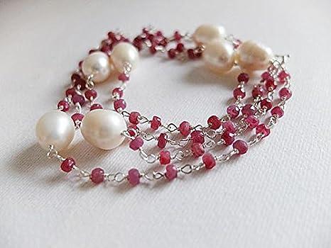 Collar de perlas blancas de agua fría de rubí rojo, extralargo de escombros crudos. Joyería de piedras preciosas envueltas en alambre, collar largo de rubí de 3 mm