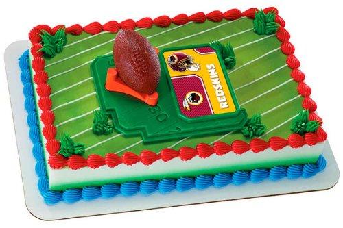 (NFL Washington Redskins Football with Tee Cake Decorating Kit)