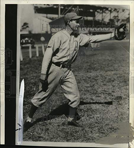 1936 Press Photo Frank Higgins third baseman traded to Boston Red Sox. - Historic Images (Best Third Baseman Of All Time)
