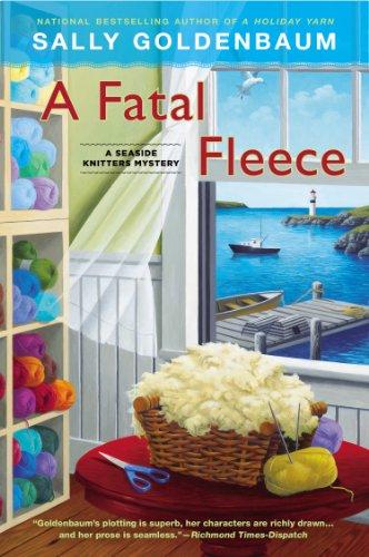 A Fatal Fleece: A Seaside Knitters Mystery (Fleece Thread)