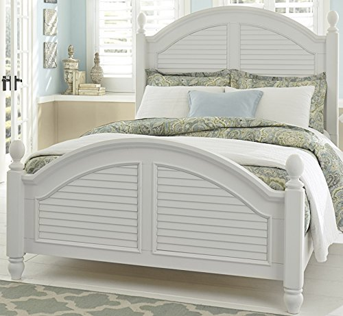 (Liberty Furniture 607-BR-QPS Summer House I Poster Bed, Queen, Oyster White)