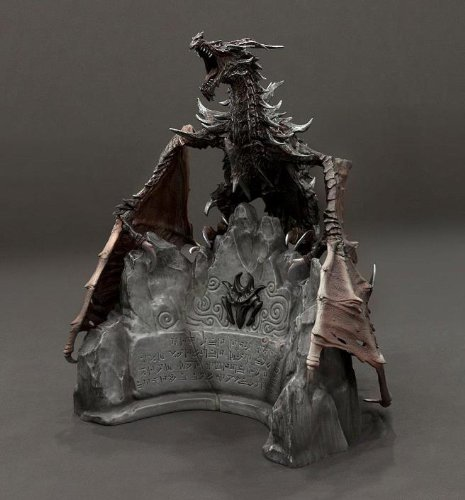 (Elder Scrolls V: Skyrim Collectors Edtion Alduin Statue )