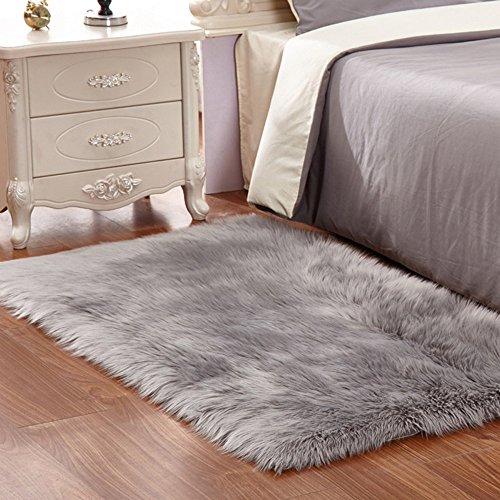 Pinkday Faux Fur Area Rug Sheepskin Area Rug Shaggy Rug For Home Decoration Grey Thick And Heavy Fur Rug (24 by 36 Inch)