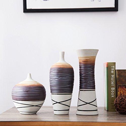 Vasi in ceramica in tre pezzi arredamento soggiorno ...