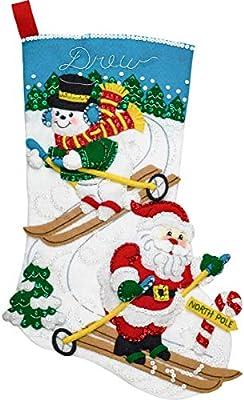 18 Bucilla 86932E Felt Stocking Applique Kit Downhill Skiers