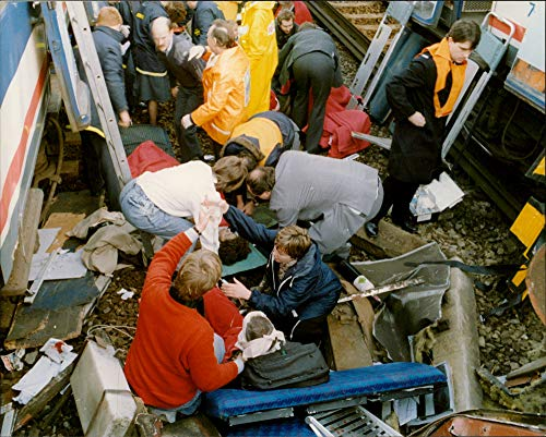 Vintage photo of Railway Crash,Clapham Junction Dec.1988:Rail crash injured -