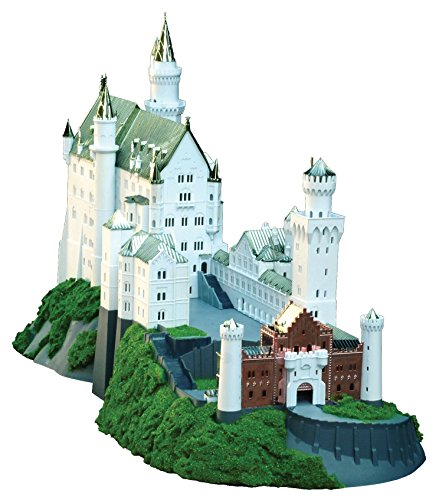 Castle Golden (Royal Castles Neuschwanstein (Gold) (Plastic model) Doyusha 1/220)