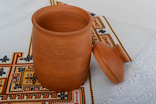 beautiful-handmade-designer-terracotta-clay-pot-with-lid-for-bulk-products-small-kitchen-storage