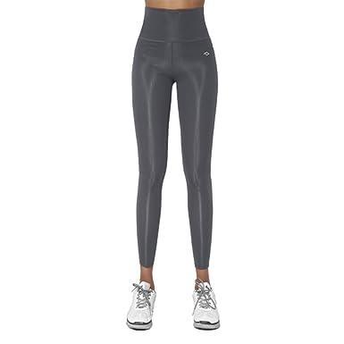 r yoga pants