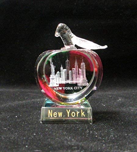 New York Souvenir NYC Skyline 3D Apple-Shaped Crystal Laser Etched Glass Paperweight with Statue of Liberty Empire State Building Freedom Tower
