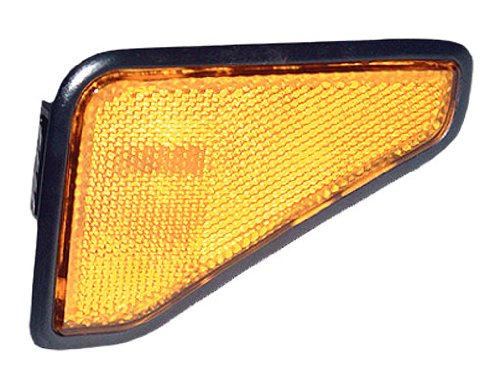 OE Replacement Honda Element Front Driver Side Marker Light Assembly (Partslink Number HO2550125) (Honda Element Side Marker)
