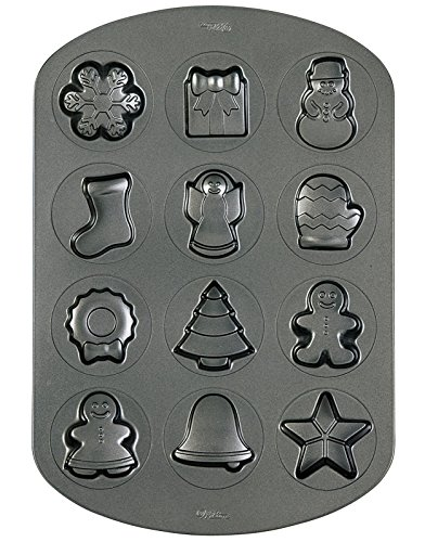 (Wilton Christmas Cookie Shapes Pan)