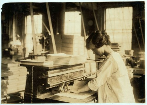 HistoricalFindings Photo: Boston Index Card Company,113 Purchase Street,Boston,Massachusetts,Child Labor,1