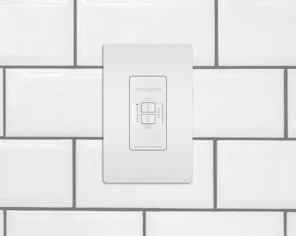 Legrand White Pass /& Seymour Radiant 2087WCCD4 20 Amp Dead-Front Self-Test GFCI Outlet