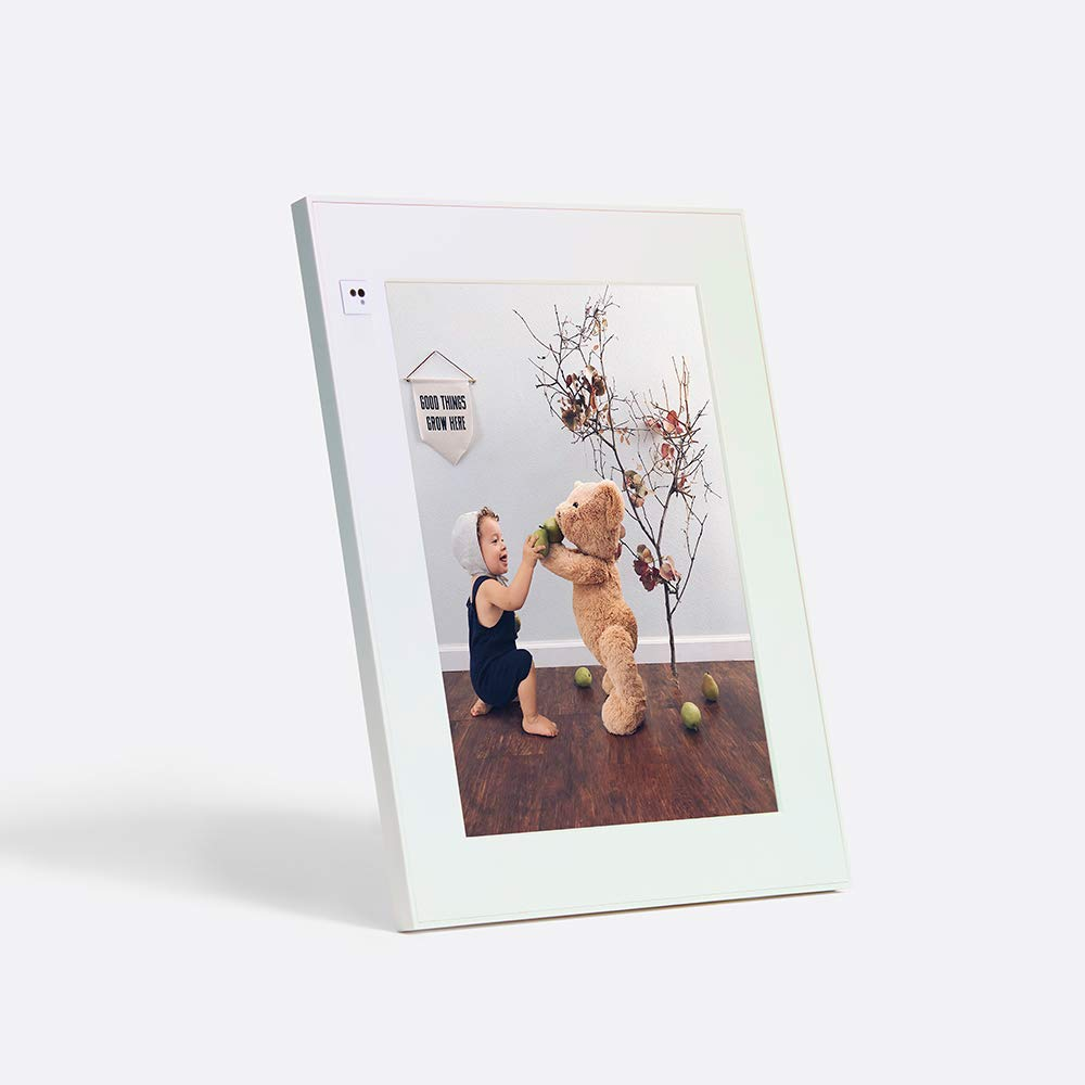 """AURA Frames - Tabletop Modern, Digital Photo Frame, Add Photos from iPhone & Android App, 9.7"""" Display with 2048x1536 Resolution, Unlimited Storage, Motion and Light Sensor, Wi-Fi, Facial Recognition"""