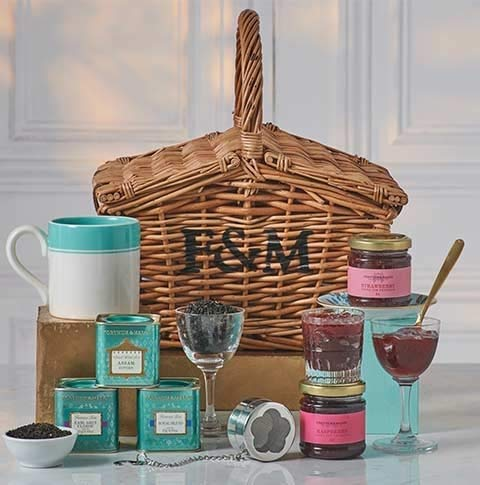 - Fortnum & Mason The Tea Basket Hamper (Fortnum and Mason) with Royal Blend, Earl Grey, Assam Superb, Preserves(Raspberry, Wild Blueberry, Strawberry), Fortnum's Stripe Mug, Flower Tea Infuser