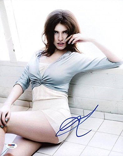 Anna Kendrick Sexy Autographed Authentic 11x14 Photo Signed