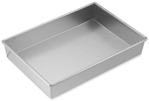 "Williams-Sonoma​ Traditionaltouc​h Rectangular Cake Pan, 9"" x 13"" 