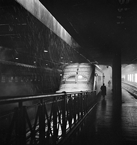 Chicago Union Station Na Hiawatha Train Of The Chicago Milwaukee St Paul And Pacific Railroad About To Leave Union Station In Chicago Illinois Photograph By Jack Delano 1943 Poster Print by (24 x 36)