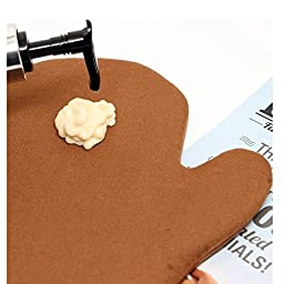 Improved Self Tanning Mitt / Sunscreen Applicator Double Sided Glove with Thumb for the Perfect self Tan - Mitts will not slip off - 100% Guaranteed By Famous Dave\'s!