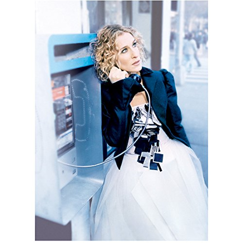 Sex and the City Sarah Jessica Parker as Carrie Bradshaw Standing One Arm Raised to Ear 8 x 10 Inch Photo ()
