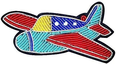 インドシルクバッジクリエイティブスペースシリーズレトロ戦闘機赤青航空機個性刺繍ブローチ潮