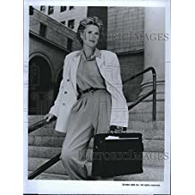 "1990 Press Photo ""The Trials of Rosie O'Neill"" Sahron Gless stars"