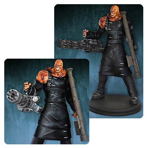 Resident Evil: Nemesis Colossal 1:4 Scale Statue