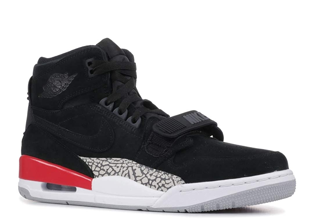competitive price e71a5 26cfe Amazon.com   Nike AIR Jordan Legacy 312 Mens Fashion-Sneakers AV3922 (9.5,  Black Black Fire Red)   Basketball