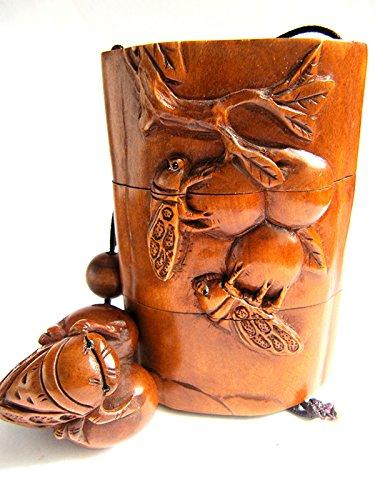 IR142-8.86.23.2M Carved Boxwood INRO/Netsuke/ojime : Cicada