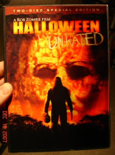 Rob Zombie's HALLOWEEN UNRATED Director's Cut (with LENTICULAR 3-D Slipcover) 2-Disc Special Edition]()