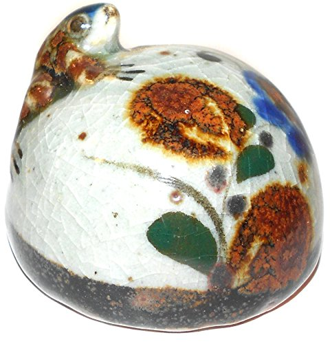 Handmade Vintage Baby Frog Climbing Rock Hand-Painted Clay (Hand Painted Paperweight)