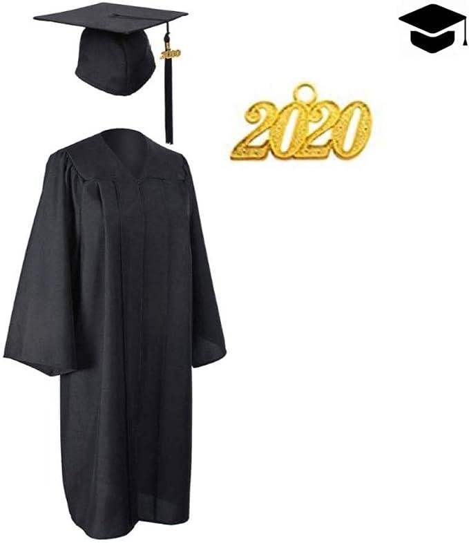 Adulto Graduación Toga Y Birrete Con Encanto De Año De Graduación ...