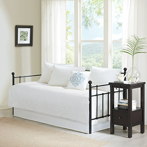 Quebec 6 Piece Daybed Set White Daybed (Bedding Sets Daybeds)