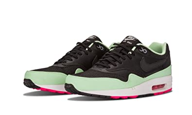 578357a06131 AIR MAX 1 FB  YEEZY  - 579920-066 - SIZE 9.5  Amazon.co.uk  Shoes   Bags