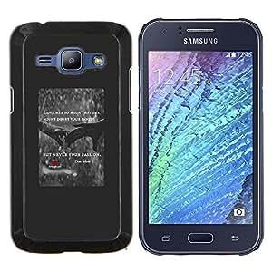 Corazón del amor Lluvia Cita Cartel Manos Rojas- Metal de aluminio y de plástico duro Caja del teléfono - Negro - Samsung Galaxy J1 / J100