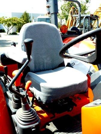 Durafit Seat Covers, KU02-V7 Kubota Tractor M5040/M6040/M7040/M8540/M9540 in Comfortable Auto Fabric ()