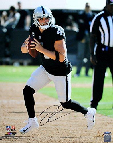 DEREK CARR Autographed Oakland Raiders 16