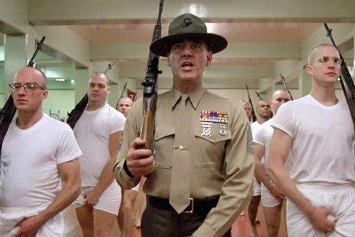 Moviestore Vincent D'Onofrio als Pvt. Pyle unt R. Lee Ermey als Gny. Sgt. Hartman in Full Metal Jacket 91x60cm Farb-Posterdruck