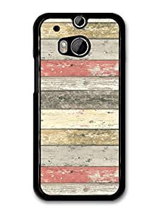 Red Black White Horizontal Stripes With A Wood Effect Cool Hipster Style Pattern carcasa de HTC One M8