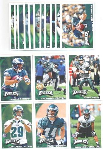 2010 Topps Philadelphia Eagles Complete Team Set of 17 cards including Kevin Kolb, Jeremy Maclin, Leonard Weaver, rookies of Nathaniel Allen, Riley Cooper, Brandon Graham, Charles Scott, and more!