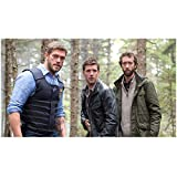 Haven Adam Copeland as Dwight Hendrickson and Lucas Bryant as Nathan in Woods 8 x 10 inch photo