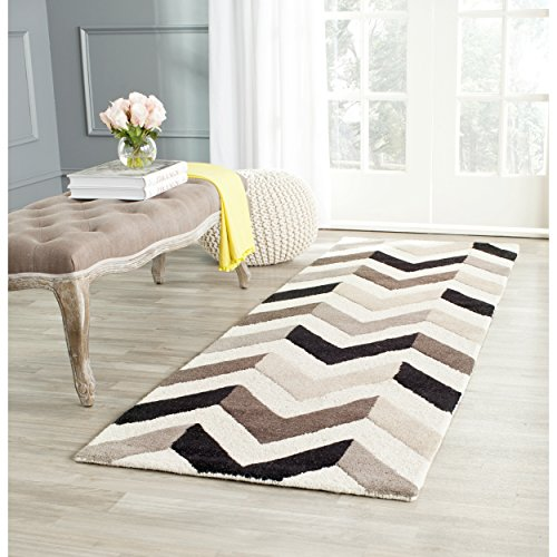 Safavieh Cambridge Collection CAM580C Handcrafted Moroccan Geometric Ivory and Black Premium Wool Runner (2'6
