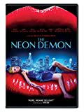 51gDlSQMHcL. SL160  - The Neon Demon (Movie Review)