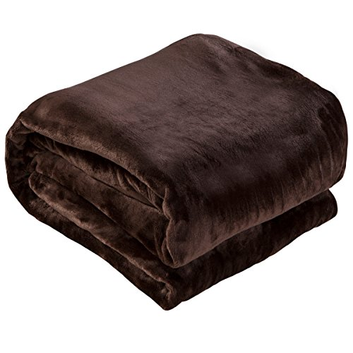 qbedding-380-gsm-anti-static-microplush-king-102-inch-by-90-inch-fleece-blanket-dark-chocolate
