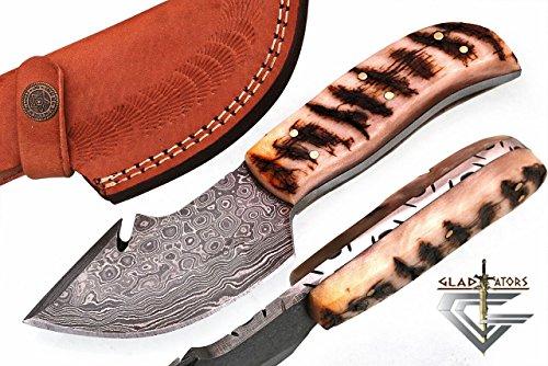 GladiatorsGuild 64R Custom Handmade Damascus Steel Skinner Hunting Knife Fixed Blade Small Skinning Knife with Gut Hook (Ram Horn)